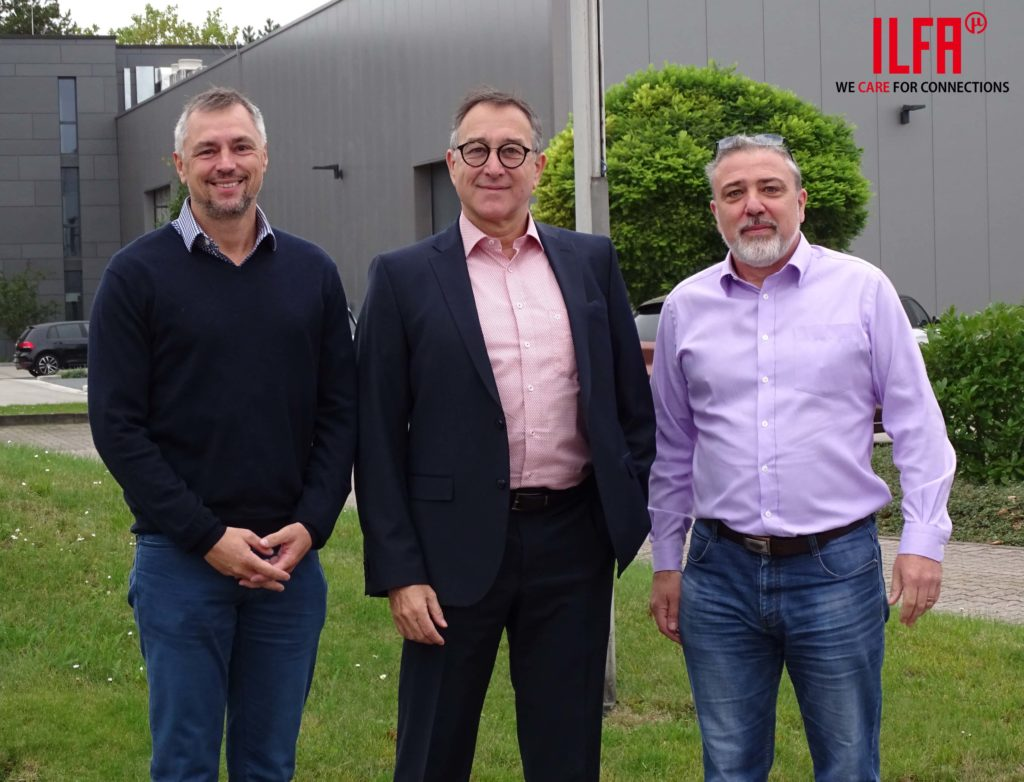 Jake Kelly und Marc Ladle (Viking Test Ltd.) und CEO Thomas Michels (ILFA)